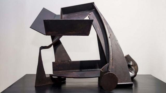 Caro-Pieza-de-mesa-Z-78-1982-83.jpg