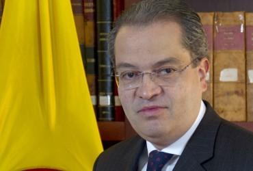 """Fernando Carrillo, embajador de Colombia en España: """"Tenemos una gran deuda con el arte y por eso creemos que tiene que jugar un papel primordial dentro de un país en paz"""""""