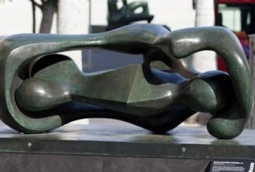 Henry Moore en las calles de Málaga