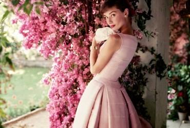 Regresa la belleza icónica de Audrey Hepburn