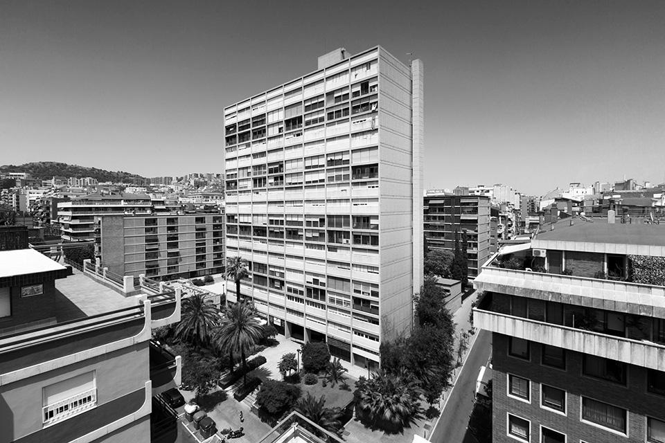 Arquitectura en barcelona descubrir el arte la revista - Arquitectos espanoles actuales ...