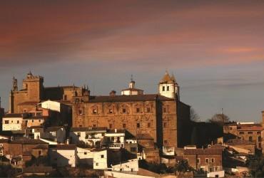Foro Arte Cáceres: encuentro con el patrimonio contemporáneo
