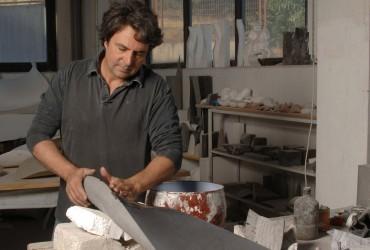 """Juan Asensio: """"En mi próxima exposición hay una mayor variedad formal, más color y más textura"""""""
