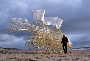 Theo Jansen y sus bestias de playa