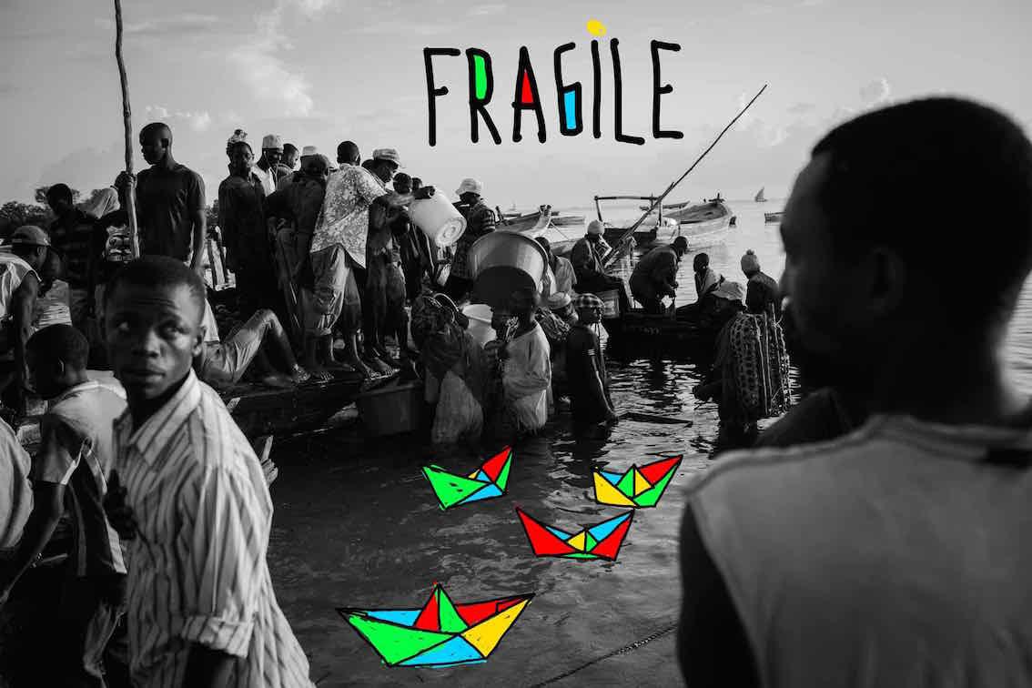 FRAGILE CON