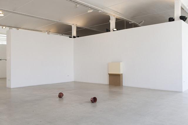 Obra de Julia Spinola en la exposición El martell sense mestre.
