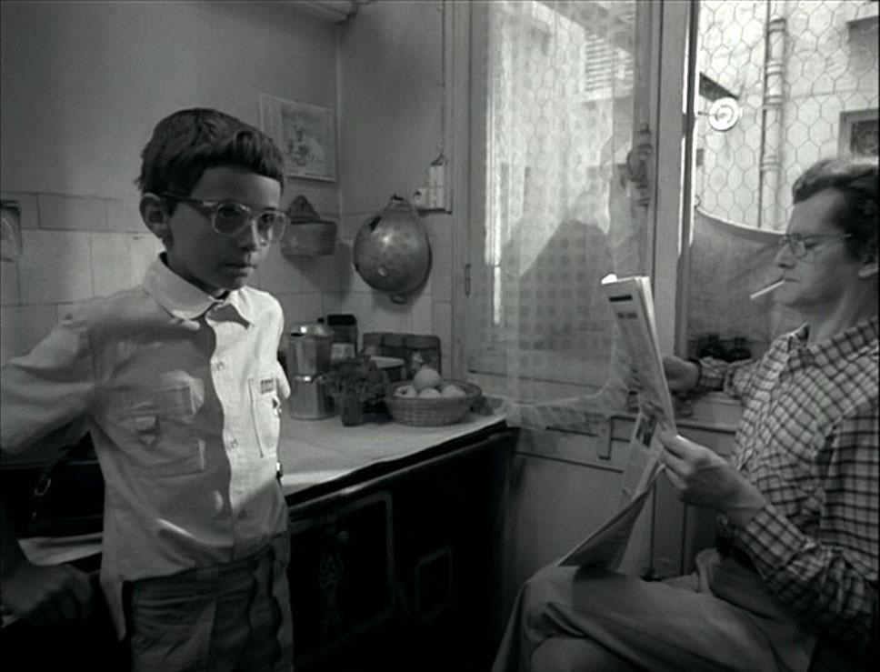 Fotograma de En rachâchant, 1982, 7', 35 mm.