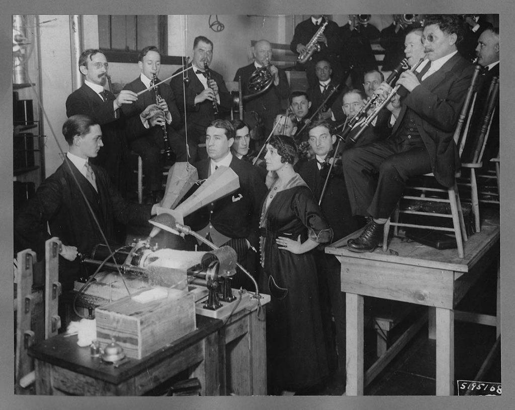 Grabación en el estudio Pathe de Nueva York, 1916, Phonorama.