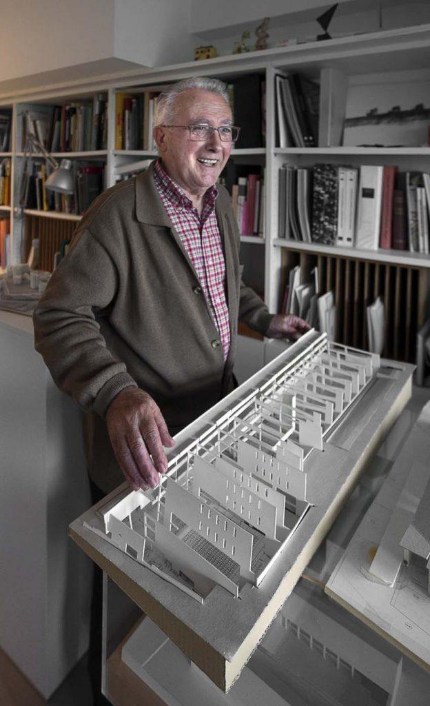 Manuel Gallego en el estudio, octubre de 2015. Foto: © Enrique Domínguez Uceta.