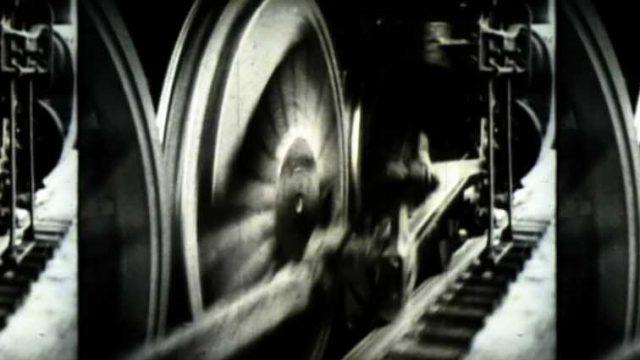 Un viaje en tres movimientos: desde la infancia romántica hasta los crímenes del régimen nazi