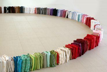 Dona tu ropa al arte