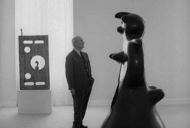 F-Catala-Roca-Miro-y-Femme-en-la-galeria-Maeght-Paris-1970..jpg