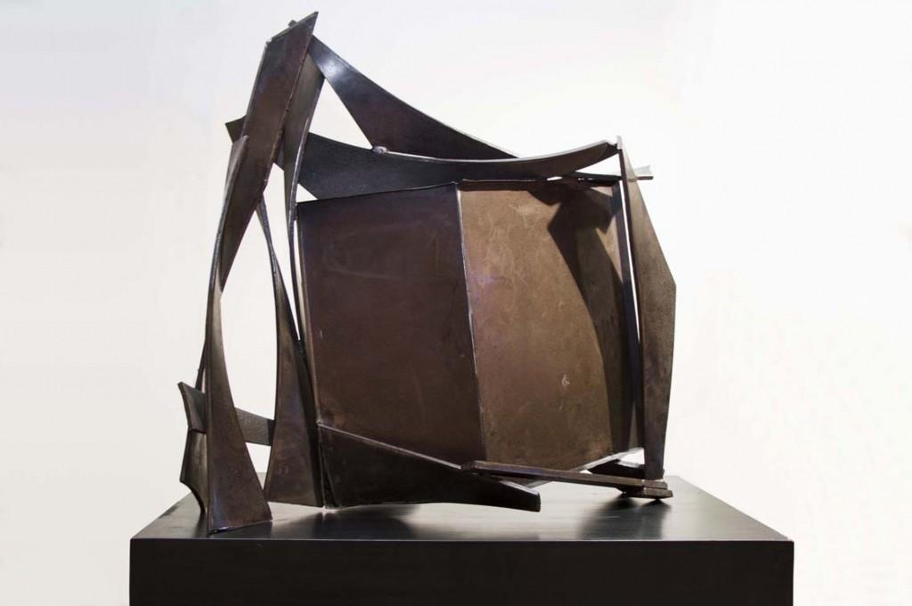 """Pieza de mesa CCLXXI"", de Anthony Caro, 1975-76."