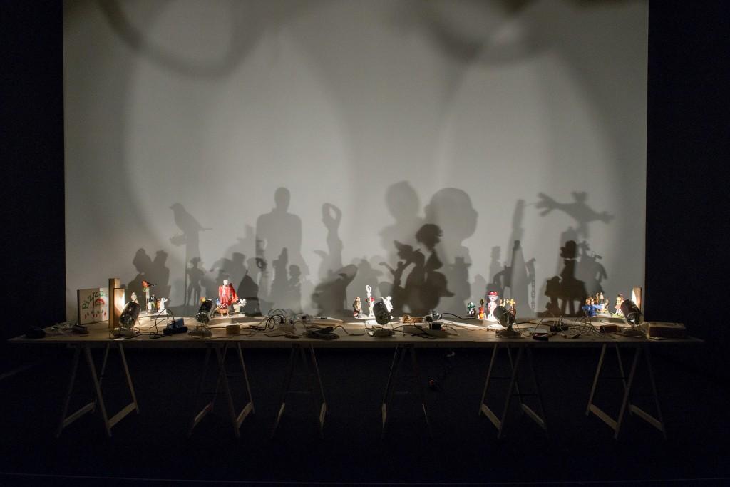 H.Peter Feldmann, Schatten 2005, Sala de Arte Santander.