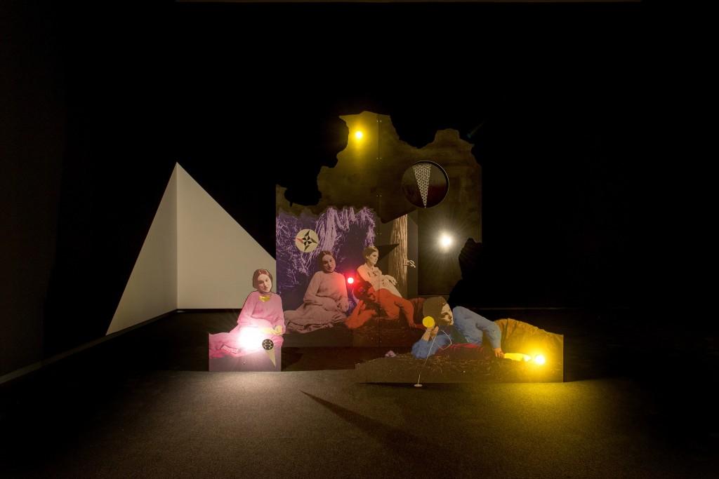 Lothar Hempel, Die schwarze Stunde 2004, Colección Goetz. Sala de Arte Santander.