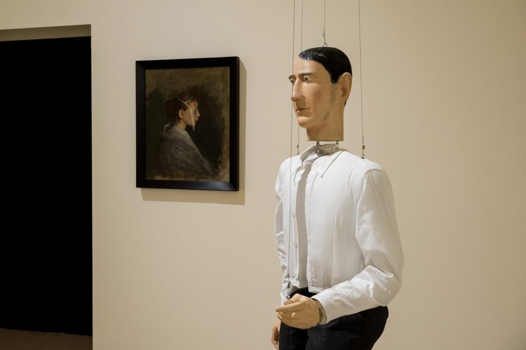 Markus Schinwald, Albert 2008, Kathia 2009. Coleccion Goetz. Sala de Arte Santander