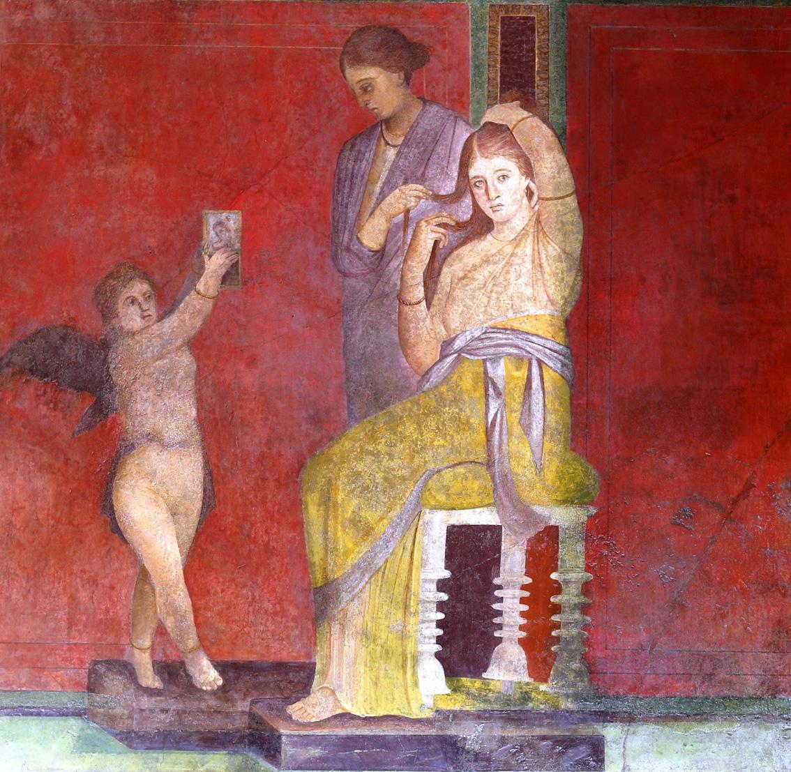 Detalle de uno de los dibujos de la Sala del Triclinio después de la restauración.