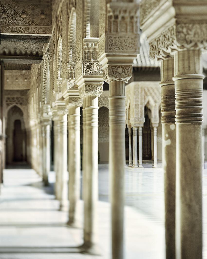 Galeria norte del Patio de los Leones, por Fernando Manso,