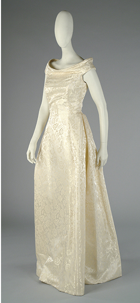 "Vestido de novia de Elio Berhanyer, modelo ""Lira"", talla 42. Precio de salida, 150 euros."