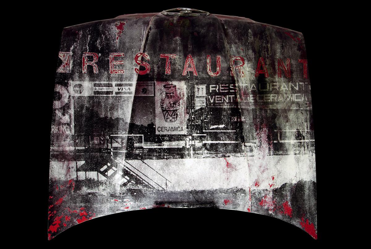 Restaurant Alfa, de Iago Eireos, gelatina de plata y acrílico sobre capoot, 150 x 135 cm, 2013, en