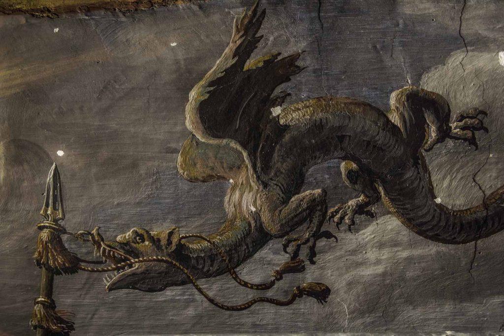 Visión de la Cruz. Insignia militare en forma de dragón.