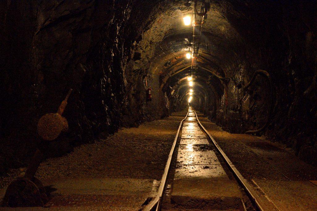 Interior de la mina del Ecomuseo Valle del Samuño. Cortesía de Turismo de Asturias,