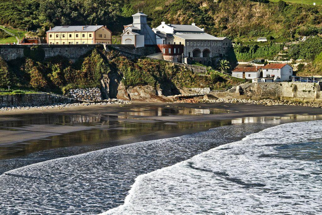 Vista de la mina de Arnao (Avilés). Cortesía Turismo de Asturias.