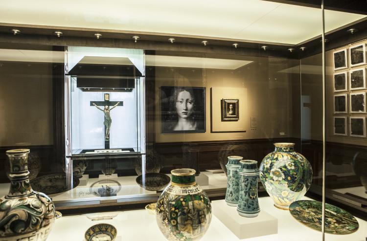 Vista de la sala 15 del Museo Lázaro Galdiano con la obra de José Manuel Castro Prieto, Lázaro Galdiano, 2000. Fotografía Colección DKV © Tofiño.