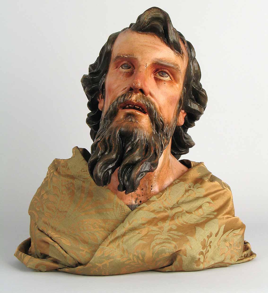 Un diálogo entre escultura y pintura Artes & contextos Cabeza de apostol baja
