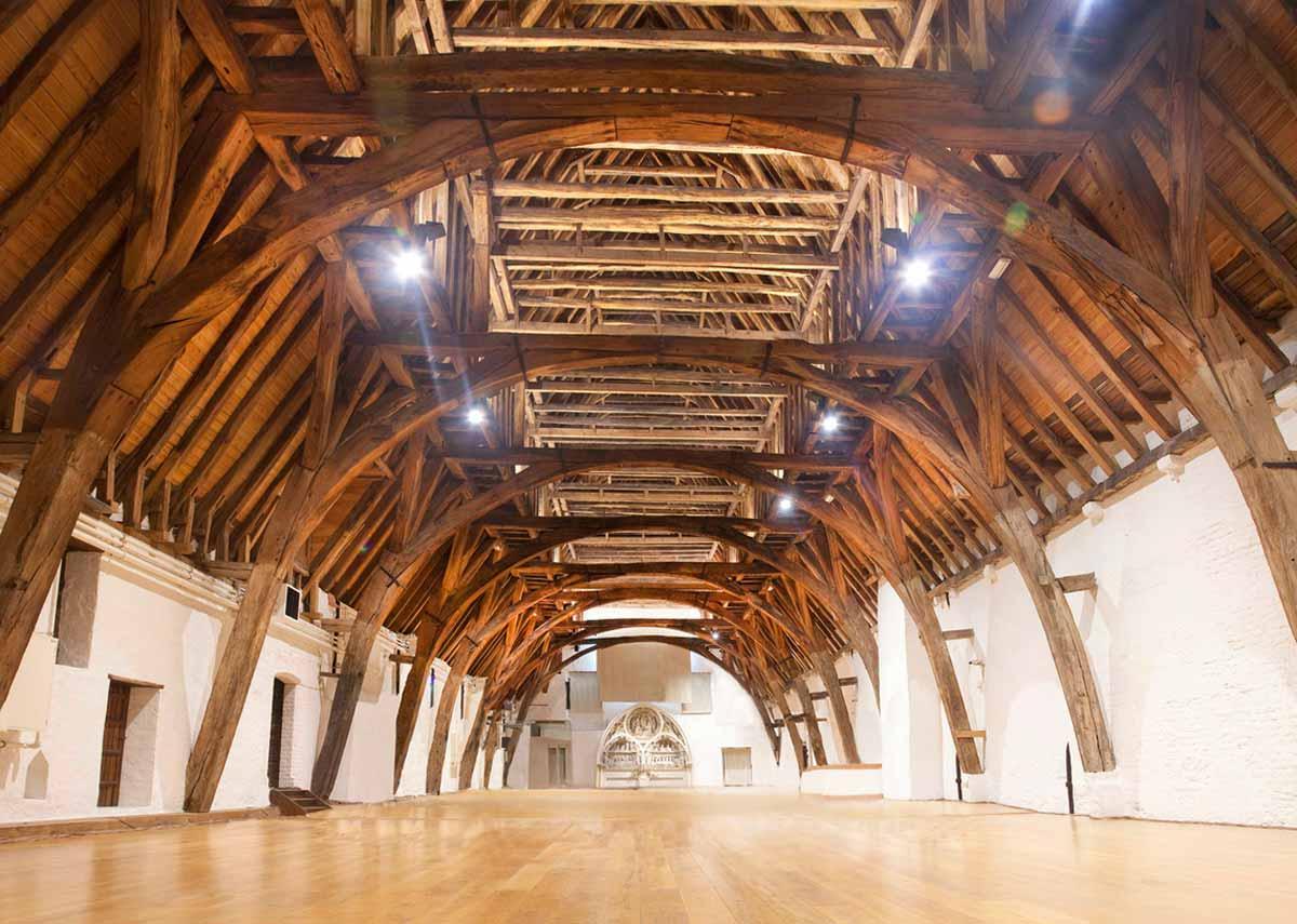 Bruges, uma cápsula do tempo entre Memling e a arte contemporânea Artes & contextos desvan sa juan