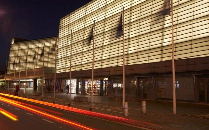 Foto-fachada-Kursaal-noche-III.jpg