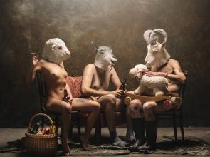 """Una muestra colectiva reflexiona sobre """"Animal Farm"""""""